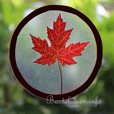 Herbst kindergarten basteln raum und m beldesign for Fensterdeko herbst