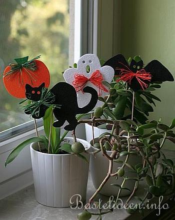 basteln mit kindern halloween pflanzenstecker aus filz. Black Bedroom Furniture Sets. Home Design Ideas