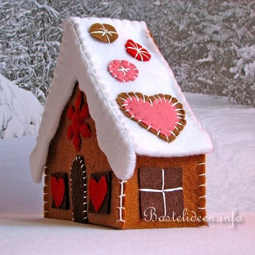 f r weihnachten basteln basteln und n hen mit filz filz lebkuchenhaus. Black Bedroom Furniture Sets. Home Design Ideas