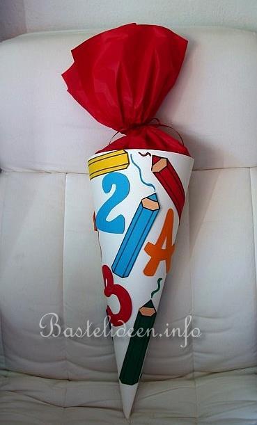 Basteln mit papier herbst und halloween schultuete for Bastelideen herbst papier