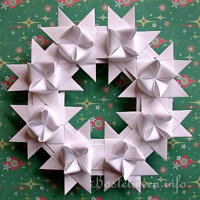 Christmas Wreath Craft Paper