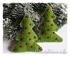 basteln zu weihnachten weihnachtsbasteleien weihnachtsbaum aus filz. Black Bedroom Furniture Sets. Home Design Ideas