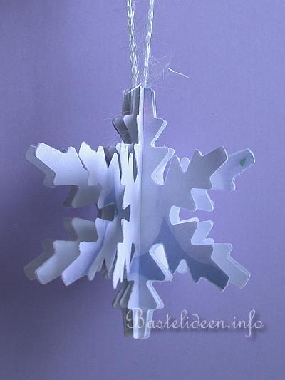 weihnachtsbasteln basteln mit papier 3 d schneeflocke aus papier. Black Bedroom Furniture Sets. Home Design Ideas