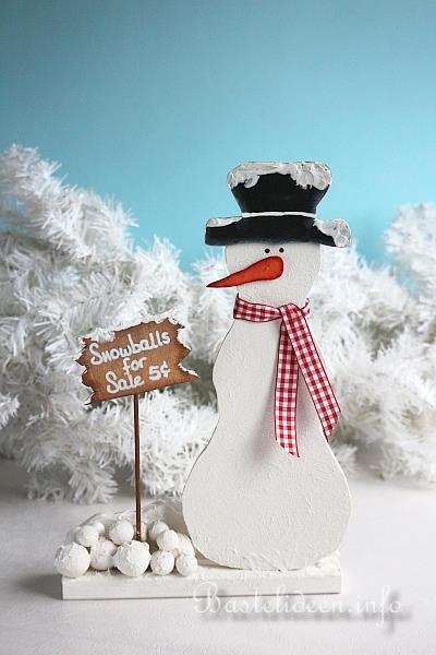 basteln mit holz weihnachten laubsaegearbeit schneemann. Black Bedroom Furniture Sets. Home Design Ideas