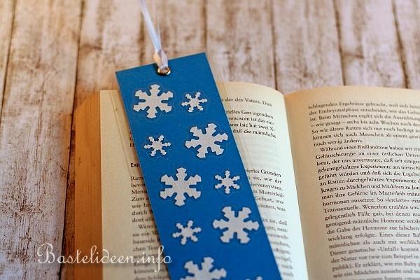basteln mit kindern weihnachten weihnachtsbasteleien lesezeichen mit schneeflocken. Black Bedroom Furniture Sets. Home Design Ideas