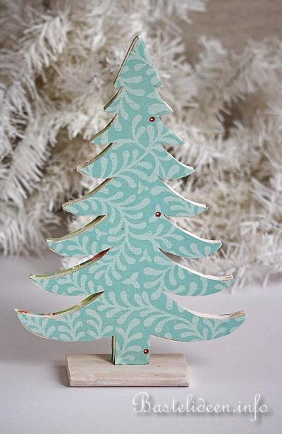 Basteln mit holz zu weihnachten deko weihnachtsb ume - Dekobaum aus holz ...