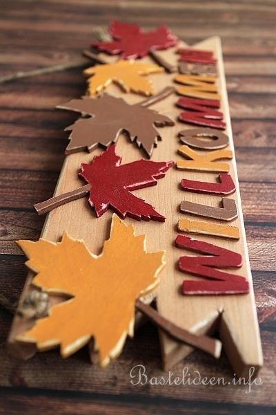 Basteln Mit Holz Herbst Laubsaegearbeit Mit Vorlage