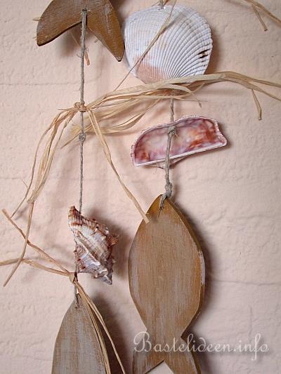 Basteln Mit Holz Und Muscheln ~ Basteln mit Holz  Laubsägearbeit  Fischkette mit Muscheln