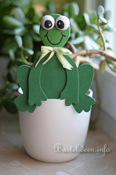 Basteln mit kindern frosch als blumentopf dekoration for Blumentopf dekoration