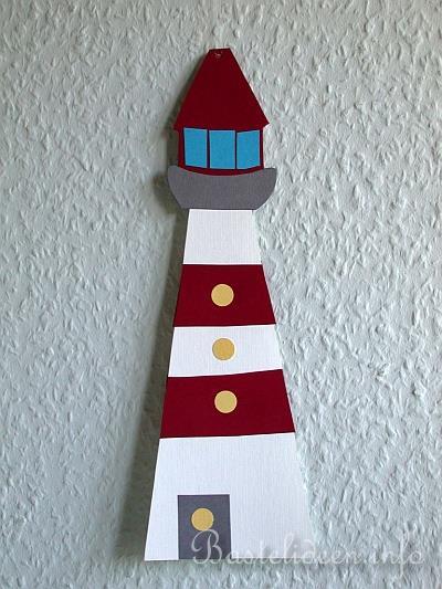 Kreativ in den sommer fensterbild leuchtturm for Leuchtturm basteln