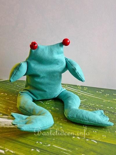 N hen mit stoff frosch mit linsen gef llt - Frosch englisch ...