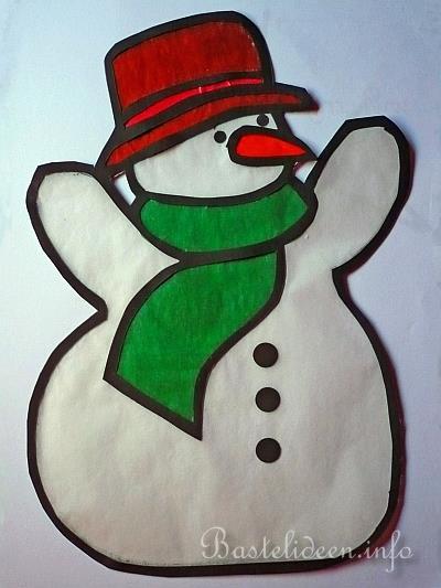 Basteln mit papier schneemann fensterbild basteln for Fensterdeko weihnachten basteln papier