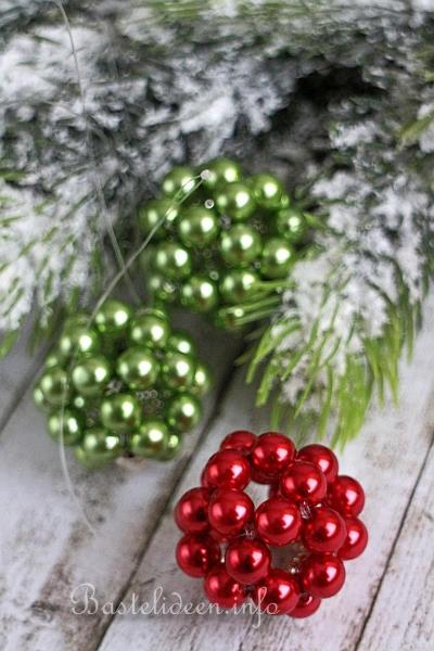 Weihnachtsbaumanhänger Basteln weihnachtsbasteln perlenkugeln als weihnachtsbaumanhänger
