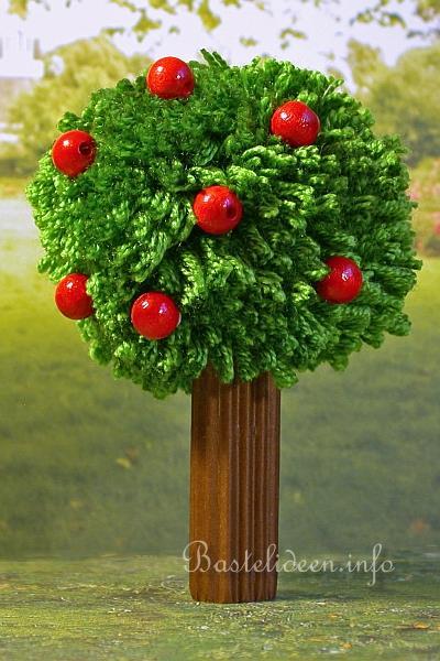 sommerbasteln basteln mit kindern pompom apfelbaum. Black Bedroom Furniture Sets. Home Design Ideas