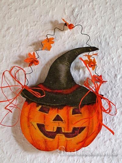 Halloween Basteln Holz.Basteln Im Herbst Halloweenbasteln Kuerbis Aus Holz
