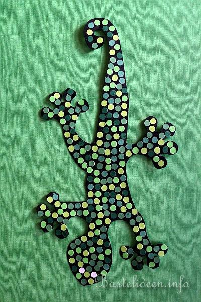 bastelidee f r kinder ein gecko wandbild bzw fensterbild basteln. Black Bedroom Furniture Sets. Home Design Ideas
