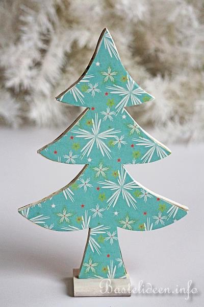 Basteln Mit Holz Zu Weihnachten ~ Basteln mit Holz zu Weihnachten  Deko Weihnachtsbäume