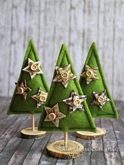 basteln und n hen zu weihnachten kleine weihnachtsb ume aus filz. Black Bedroom Furniture Sets. Home Design Ideas