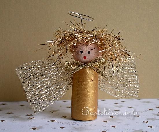 Basteln Mit Kindern Fur Weihnachten Weinkorken Engel