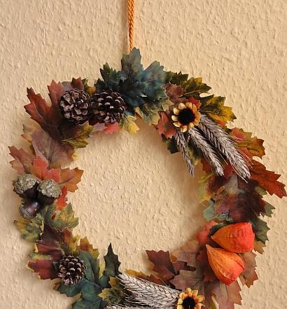 Basteln mit Kindern - Herbst und Halloween - Herbstlicher Kranz